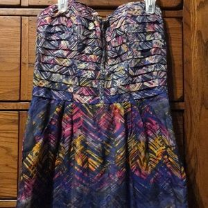 Strapless multi colored dress with pockets